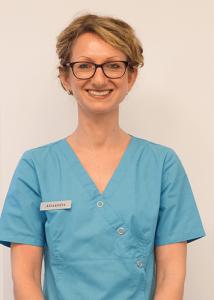 Alexandra – Assistante dentaire qualifiée