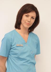 Cynthia – Assistante dentaire qualifiée