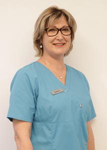 Isabelle – Assistante dentaire qualifiée